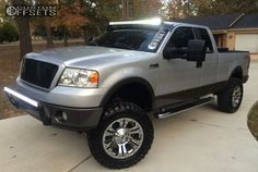 11098 1 2008 f 150 ford suspension lift 6 xd monster chrome aggressive 1 outside fender.jpg