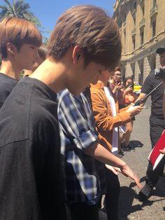 Imagine you met him on the street like this Nct U Members, Nct Dream Members, Nct Dream Jaemin, Sm Rookies, Na Jaemin, Tsundere, Fandoms, K Idol, Just Smile