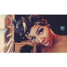 Headwrap n gold hoops