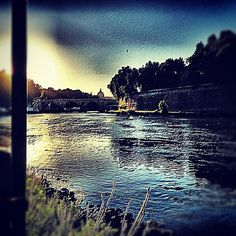 "@ilaria_agostini's photo: ""Rome, tevere river"""