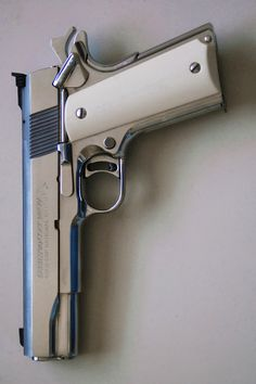 Pearl Grip Colt 1911 Find our speedloader now! http://www.amazon.com/shops/raeind