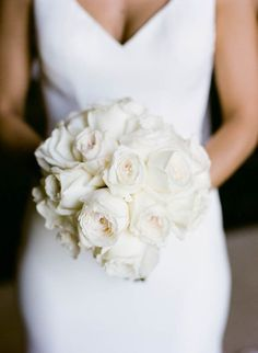 all white bouquet Fairy-tale wedding, your best day ever. Dream wedding planning starts here. #bride #wedding #streetstyle #streetstylebride.com #weddingbouquets