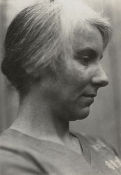 Noël Olivier with whom Rupert Brooke fell in love after his disastrous relationship with Ka Cox broke down. At one point, he conducted simultaneous affairs with both Nöel and her sister, Bryn.