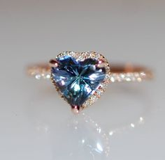 Heart engagement ring Tanzanite ring by Eidelprecious This ring will definitely steal her heart :) #wedding #weddinginspiration #weddingringsheart