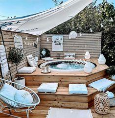 Deco Spa, Kleiner Pool Design, Backyard Patio Designs, Backyard Makeover, Dream Home Design, Home Projects, Outdoor Decor, Outdoor Furniture, Black Accents