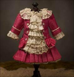Antique French Silk Small Dress for Jumeau Steiner Bru bebe Doll Antique… Beautiful Costumes, Beautiful Outfits, Dress Outfits, Girl Outfits, Doll Dresses, Vintage Dresses, Vintage Outfits, Doll Wardrobe, American Girl Clothes
