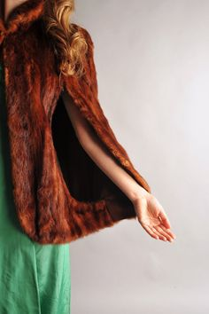 40s fur cape