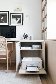 home office design - home office ; home office ideas ; home office design ; home office decor ; home office organization ; home office space ; home office ideas for women ; home office setup California Closets, Home Office Space, Home Office Decor, Home Office Bedroom, Office In A Closet, At Home Office Ideas, Kitchen Office, Home Office Cabinets, Home Office Lighting