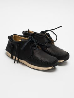 One of the most iconic Visvim silhouette to date, the FBT makes a come back with Finnish elk uppers, with removable fringe. Made with a combination of natural and modern technologies, providing the durability and comfort we come to expect from the FBT.  Stream Lined Custom Vibram Sole Unit Unlined for Improved Airflow Hand Sewn Moccasin Toe Removable Fringe