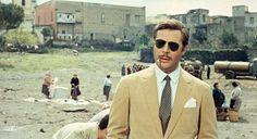 Still of Marcello Mastroianni in Matrimonio all'italiana (1964) http://www.movpins.com/dHQwMDU4MzM1/marriage-italian-style-(1964)/still-3258895872