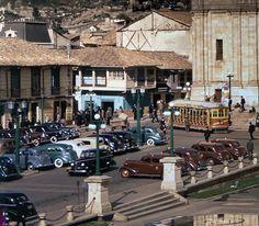 fotografia de la plaza de bolivar 1947 Japan Spring, Study Abroad, Great Places, Santa Fe, Caribbean, Street View, City, World, Plaza