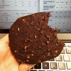 Cookie da @theproteinworks  37gr de proteína  à venda na @mws.pt ( # @giulliacalapez)