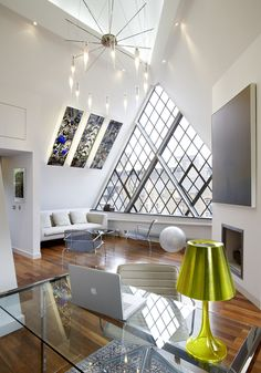 janela triangular