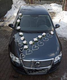 Bridal Car, Wedding Car Decorations, Wedding Designs, Heart Shapes, Hearts, Wedding Cars, Snacks, Mariage, Organizers