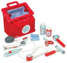 Le Toy Van - Wooden Doctor's Set #entropywishlist #pintowin Fantastic role-play fun with this Doctor's set!