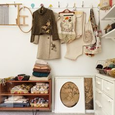 Like the use of space - displaying finished projects until they find a new home.