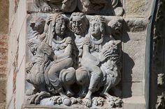 Basilique Saint-Sernin à Toulouse,relieve romanico. Depart.de la Haute-Garonne Francia