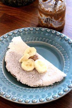 Tapioquinha - com Manteiga de Amêndoa e Banana (receita também em video) - http://gostinhos.com/tapioquinha-com-manteiga-de-amendoa-e-banana-receita-tambem-em-video/