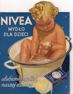 CREMA NIVEA..... Productos de España. Nº.- 3.534 & José Pérez. - Jose Perez - Google+ Vintage Advertising Posters, Vintage Travel Posters, Vintage Advertisements, Retro Pin Up, Retro Ads, Vintage Bar, Retro Vintage, Soap Advertisement, Old Commercials