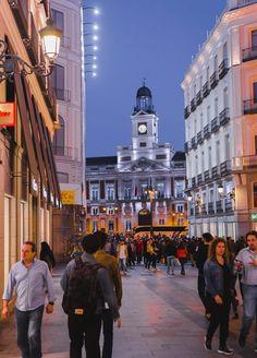 Madrid, calle Preciados - Paseos que roban el alma