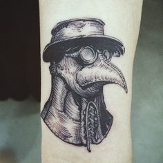: Plague doctor mask, Detail cut  #tattoo #tattooistdoy #tattooworkers #tattooistartmagazine #tattooinkspiration #skin_tattoos #inkstinctsubmission #inspirationTattoo #blackworkers #blacktattooart #plague #mask #타투 #타투이스트도이