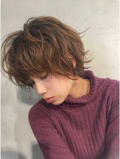 Pixie Bob Hairstyles, Short Pixie Haircuts, Cool Hairstyles, Asian Short Hair, Short Wavy Hair, Indie Haircut, Q Hair, Haircut For Older Women, Shot Hair Styles