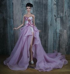 Handmade Outfit for Fashion model muse doll by Monaeglow Barbie Gowns, Barbie Dress, Barbie Clothes, Barbie Fashion Royalty, Fashion Dolls, Doll Fancy Dress, Green Party Dress, Barbie Bridal, Barbie Model