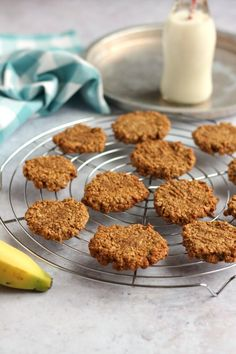 An easy and quick egg free golden syrup and oat cookie recipe. Oat Cookie Recipe, Easy Biscuit Recipe, Oat Cookies, Cookie Recipes, Dessert Recipes, Bar Recipes, Desserts, Diet Recipes, Angle Food Cake Recipes