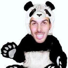 Raiola manda a tomar por culo al panda y muchos ÉXITOS del black hat techno seo 2017. Telonero: Chimo Bayo. NO TE LO PUEDES PERDER