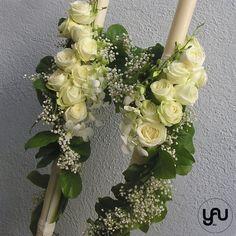 Lumanari cununie lungi trandafiri orhidee - LC15 Palm Sunday, Gypsophila, Wedding Flowers, Wedding Dresses, Scented Candles, Floral Arrangements, Our Wedding, Floral Wreath, Wedding Decorations