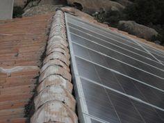 Impianto fotovoltaico residenziale (dettaglio integrazione impianto fotovoltaico alla copertura).