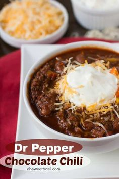 Dr Pepper Chocolate Chili~~This sounds like something I would have made up! I sometimes use licorice in my chili (or anise seed, also). Chili Recipes, Crockpot Recipes, Soup Recipes, Cooking Recipes, Pepper Recipes, Cornbread Recipes, Burger Recipes, Muffin Recipes, Cooking Tips