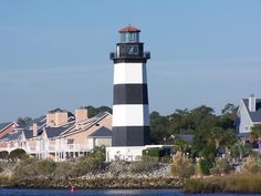 Located in the small fishing village of Little River, the Governor's Lighthouse was commissioned in 1984 by Governor Richard Riley. This small, aptly-named lighthouse was built to honor all South Carolina governors, past and present.