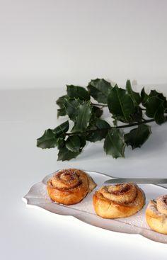 Kanelbullar - Buns de cardamomo e canela | Cardamom & cinnamon buns