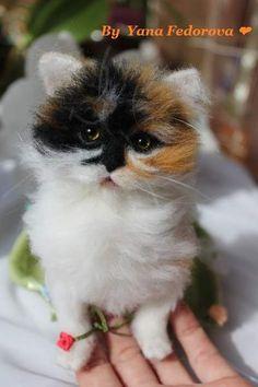 Lucky kitten, needle felted sculpture :-) By Yana Fedorova - Bear Pile
