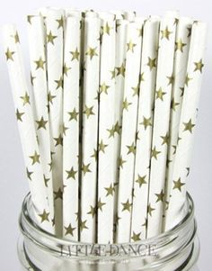 Pretty paper straws with stars! #birthday #party #decor #firstbirthday