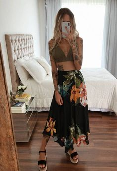 Spring Looks que deben estar en tu shopping list 2020 Look Hippie Chic, Hippie Chic Outfits, Looks Hippie, Look Chic, Boho Look, Gypsy Style, Hippie Style, Cute Casual Outfits, Summer Outfits