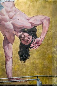 Artist: Cosmo Sarson in Bristol