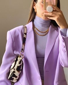 how to look rich without spending a lot of money on clothes January 13 2020 at fashion-inspo Mode Outfits, Fashion Outfits, Womens Fashion, Fashion Ideas, Fashion Tips, Fashion Clothes, 1950s Fashion Women, Guy Clothes, Fashion Patterns