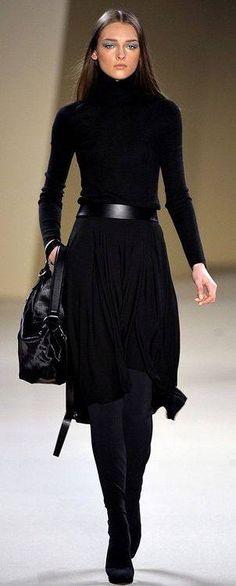 Classic fall fashion, all black fashion, classic chic, work fashion, autumn Mode Outfits, Fashion Outfits, Womens Fashion, Skirt Outfits, Fashion Ideas, Looks Chic, Inspiration Mode, Look Fashion, Paris Fashion