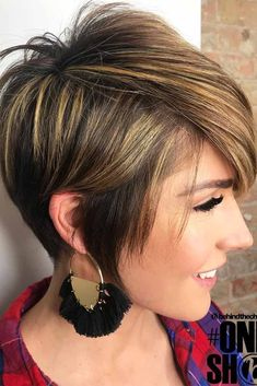Short hairstyles are really making a comeback and made a big splash in the last few years, but seem to be even more rampant this year. From pixie cuts and punk-rock pixies to bob haircuts and stylish lobs, short hairstyles for women are taking the world by storm, and there are dozens of short hairstyles to choose from. #shorthairlove #shorthairideas #shorthair #pixiecut #bobhairstyle #shorthairstylesforwomen