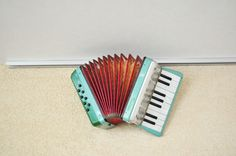 #thinkcolorfully accordion