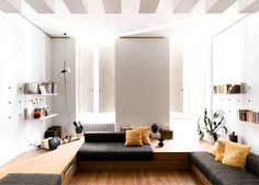 42-square-metre Apartment in Florence by Silvia Allori