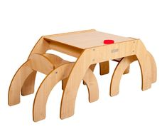 We love this Funstation table for kids from @lucaandcompany - it's a perfect #giftidea for the budding artist!