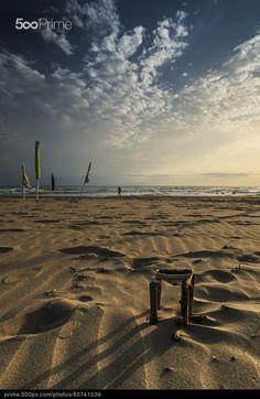 Voglia di #mare... #photography #sea #beach https://prime.500px.com/photos/80741039/construction-by-silvia-amici…