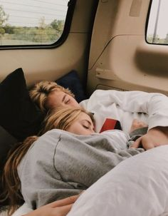 50 Cute And Romantic Relationship Goals You Must Have With Your Cute Couples Photos, Cute Couple Pictures, Cute Couples Goals, Cute Teen Couples, Teenage Couples, Romantic Couples, Cute Love Photos, Teenage Love Pictures, Cute Couple Things