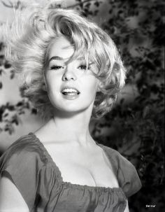 tuesday weld pullover