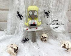 Staring Girl. Felt Doll. PDF Pattern and Tutorial. Halloween Pattern. Halloween Decoration. Tim Burton.Frankenweenie.#felt #feltdoll #feltro #feltcraft #feltpattern #inspiration #dollpattern #halloween