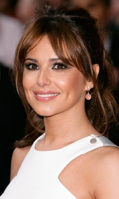 Cheryl Cole Pulls Her Hair Back For The & To Expect When You& Expecting& London Premiere, 2012 Fringe Hairstyles, Loose Hairstyles, Celebrity Hairstyles, Straight Hairstyles, Bad Hair, Hair Day, Cheryl Cole Hair, Side Swept Curls, Knot Ponytail