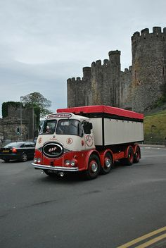 S. Roper ERF KV - 3967 VT by atkidave, via Flickr Truck Flatbeds, Train Truck, Truck Art, Old Lorries, Old Wagons, Road Transport, Old Commercials, London Bus, Heavy Machinery